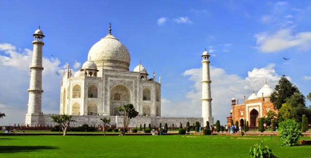 Sejarah Taj Mahal
