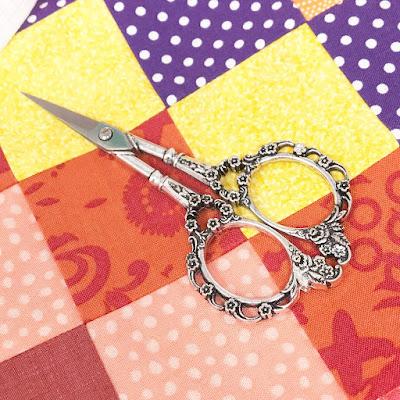 Warm Crochet Scissors