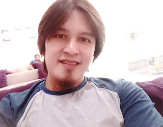 Deni Saputra pemeran Kang Kusoy Dunia Terbalik