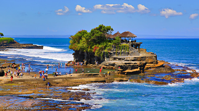 Tanah Lot, Bali, Indonesia, Holiday, Holiday In Bali, Cuti - Cuti Di Bali, Bercuti Di Bali Indonesia, Traveloka,