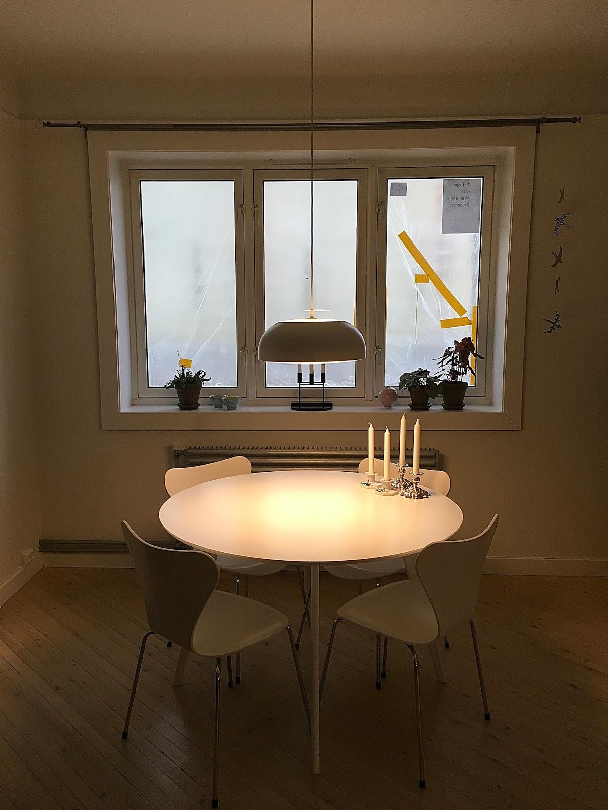 Bellas bedrifter Lampe over spisebordet