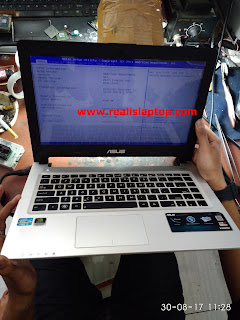 Service Laptop Asus X46C - di restart layar No Display