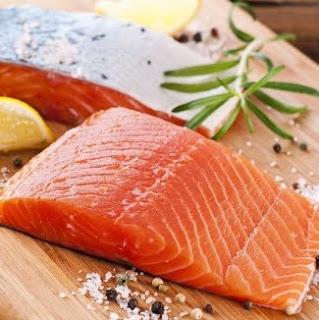 manfaat sari ikan salmon bagi kesehatan anak