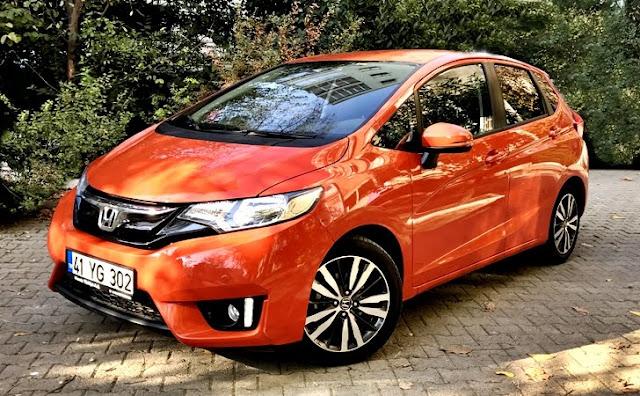 En Ucuz Sıfır Otomatik Vites Arabalar (Honda Jazz)