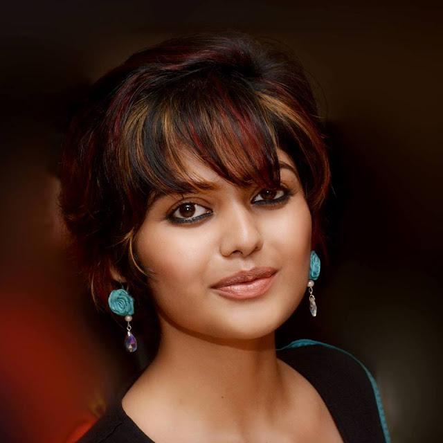 Saayoni Ghosh Cute