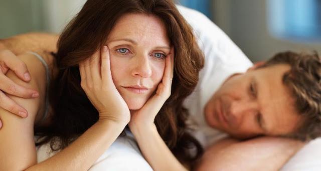 A menopausa atrapalha a vontade sexual feminina (Imagem: Reprodução/Internet)