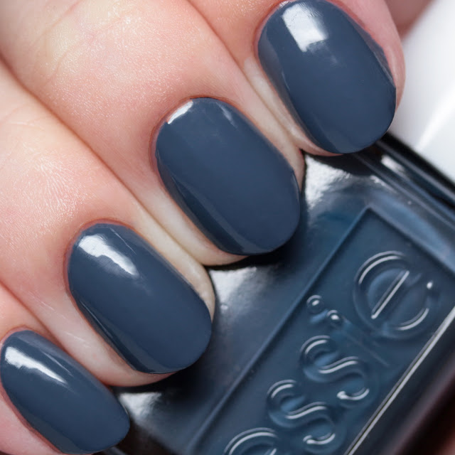 Essie Anchor Down 1161