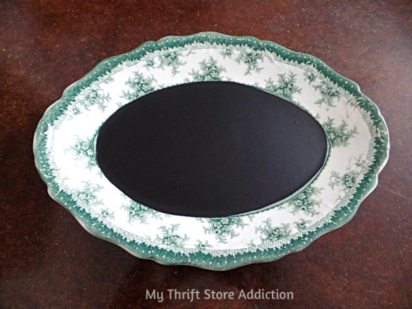 The 15 Minute Fix: Vintage China Chalkboard mythriftstoreaddiction.blogspot.com Add stick on chalkboard paper to create a chalkboard from a favorite vintage plate!