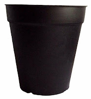 round plastic pots for plants