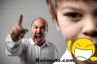 Humor, Bapaknya dibuat struk oleh anaknya yang banyak bicara