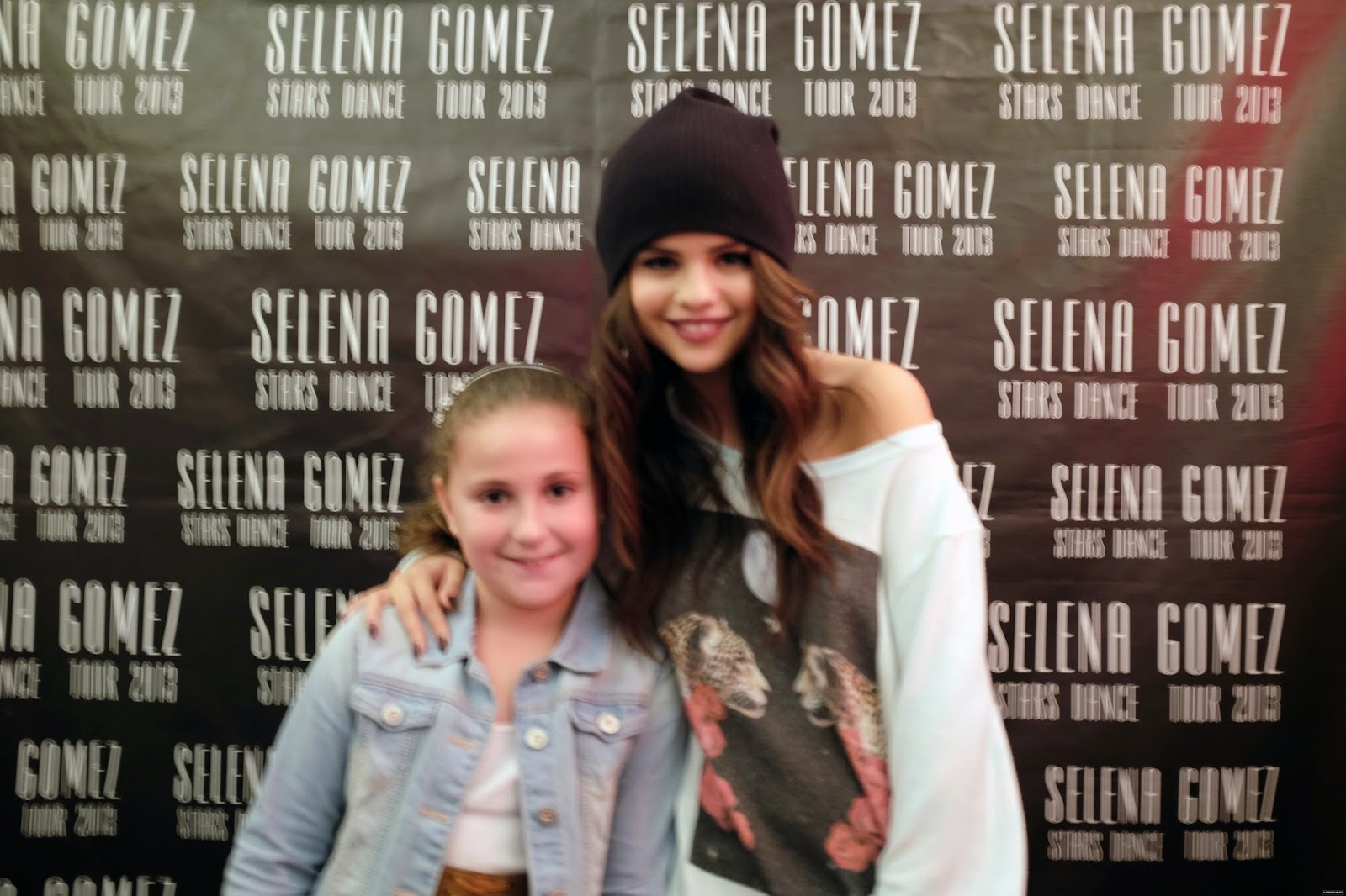 selena gomez stars dance tour meet and greet pictures with chris