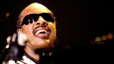 10 Penyanyi Solo Pria Terbaik Sepanjang Masa