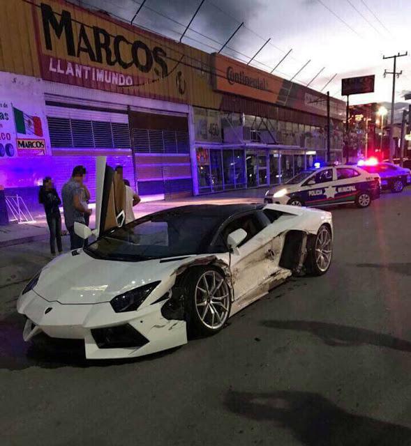 VIDEO; Se impactan taxi Tsuru y Lamborghini en Gómez Palacio
