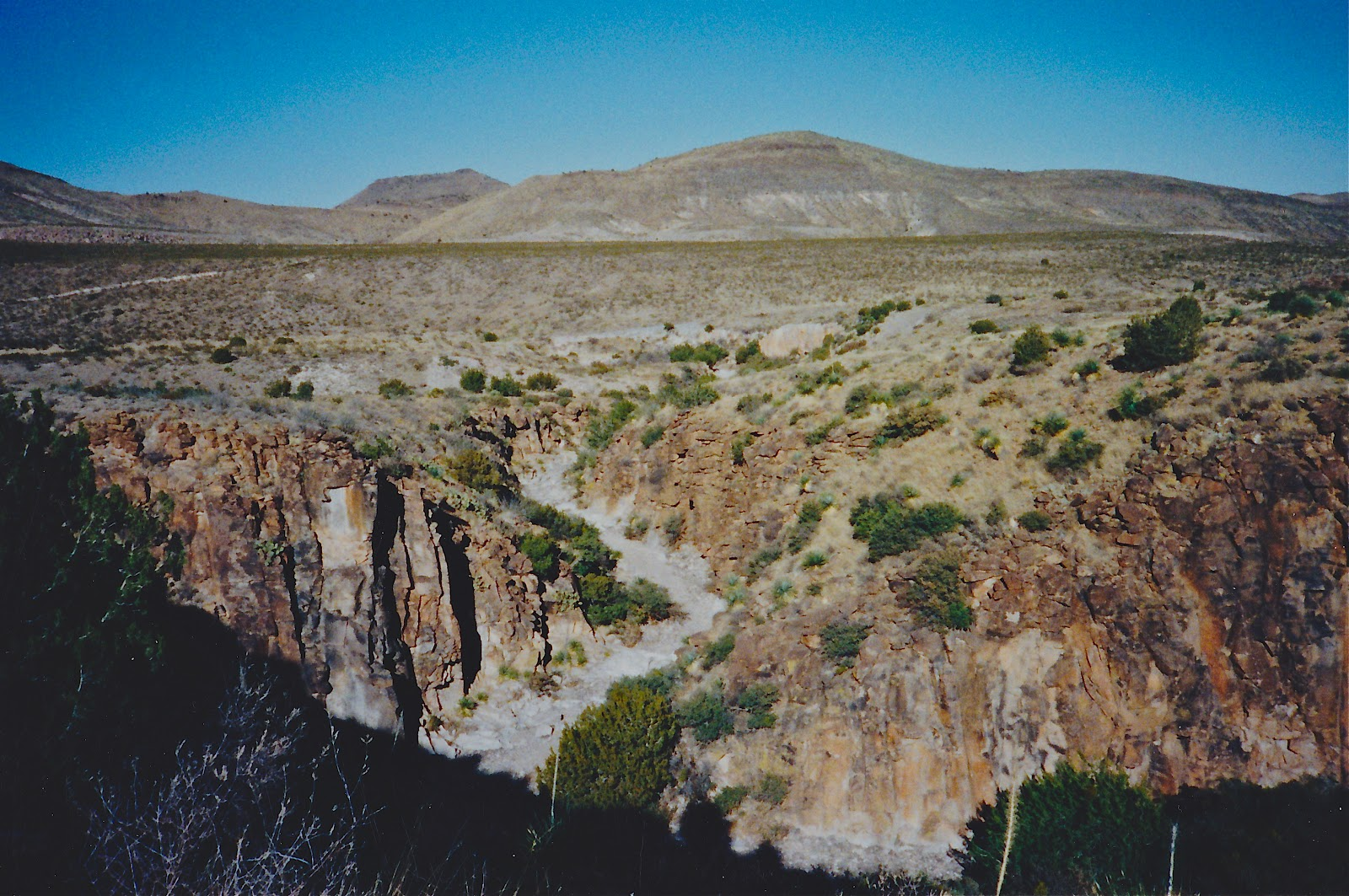 Southern New Mexico Explorer Valles Canyon Sierra De