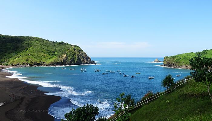 Pantai Payangan Sebelah Timur