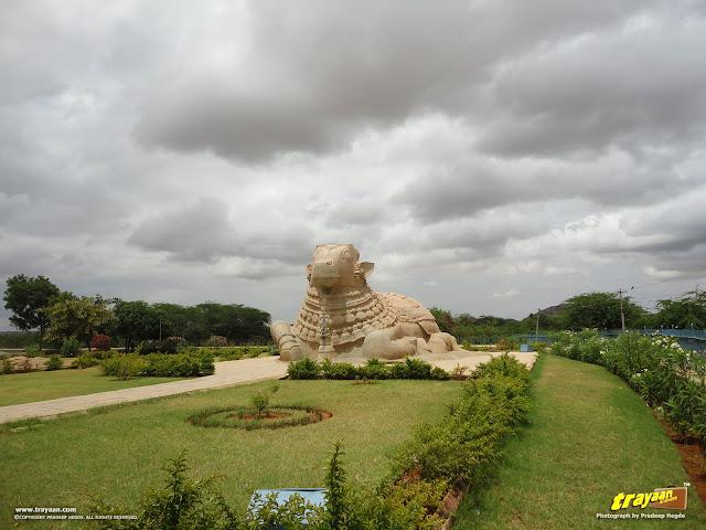 20 feet high monolithic Nandi at Lepakshi at Lepakshi, in Andhra Pradesh, India