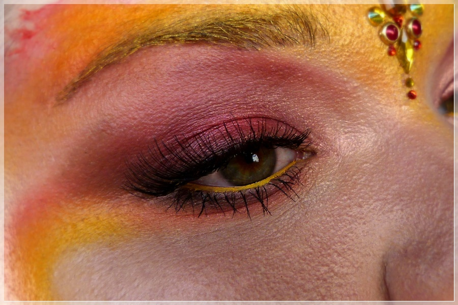 Phönix Augen Make-up