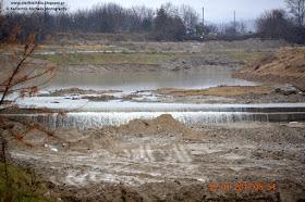 Όσο βρέχει ανεβαίνει η στάθμη του νερού στον Πέλεκα.