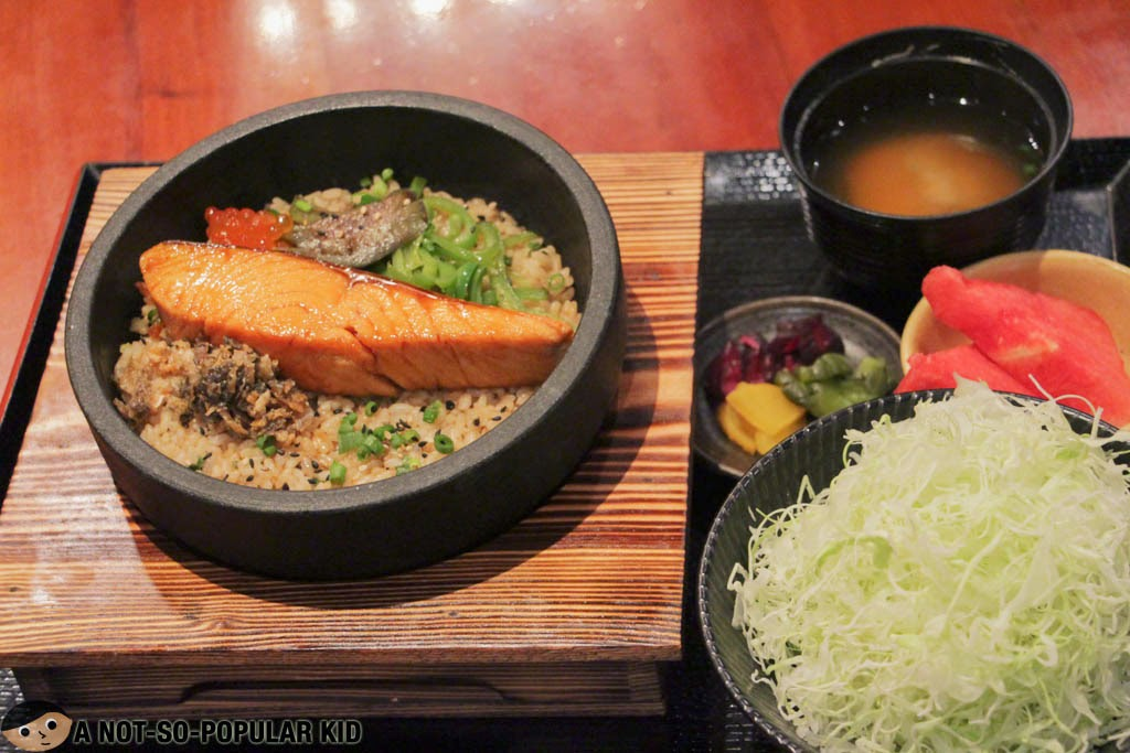Yabu's Salmon Don Set