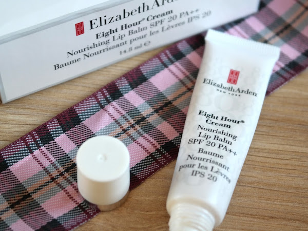 Elizabeth Arden Eight Hour Cream Lip Balm Review