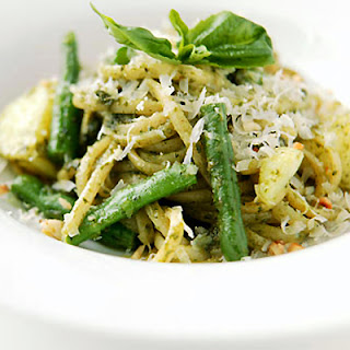 https://nestleusa.wordpress.com/2011/09/15/national-linguine-day-wine-pairing/