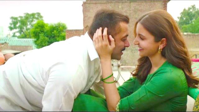 Salman Khan and Anushka Sharma in Jag Ghoomiya song from the film Sultan