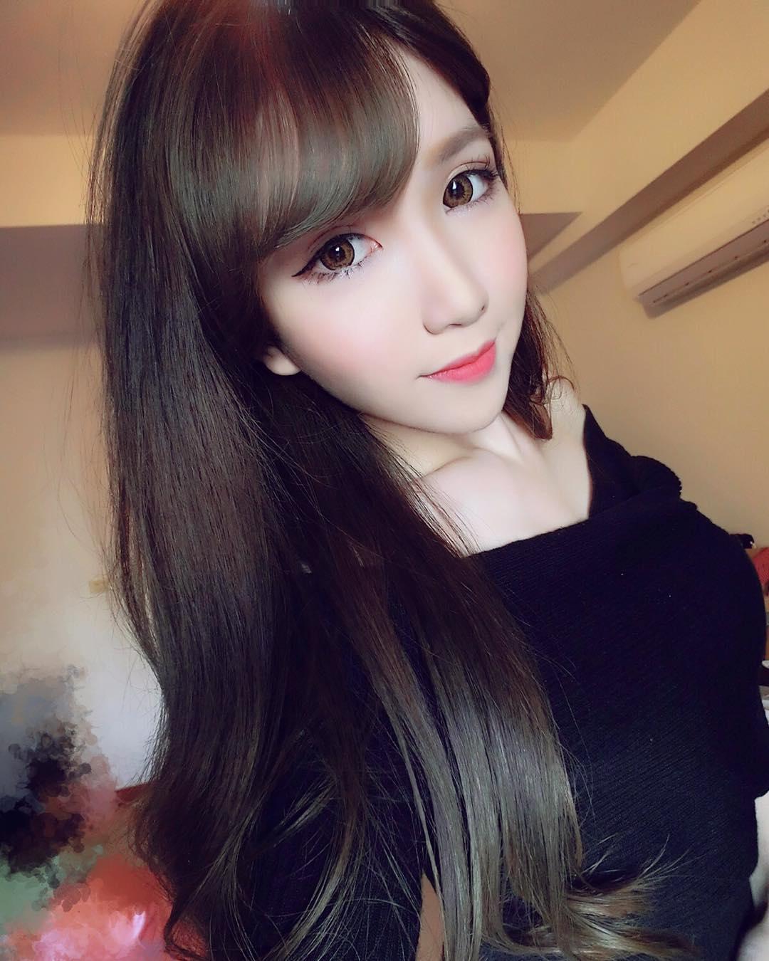 Chloe Fan Facebook
