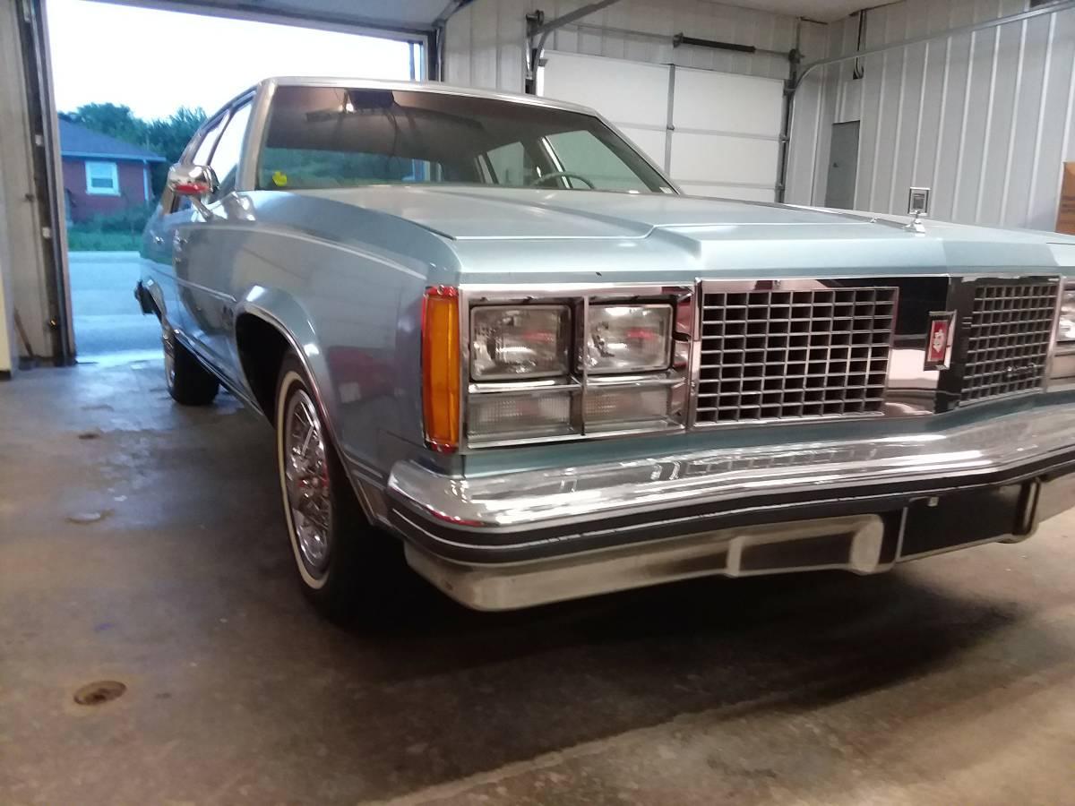 Daily Turismo: Smokey Bandit: 1978 Oldsmobile Ninety-Eight ...