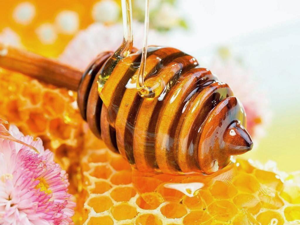 3 Manfaat ajaib madu yang tersembunyi untuk kecantikan