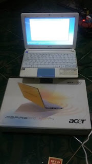 Netbook Bekas Acer Aspire One Happy2