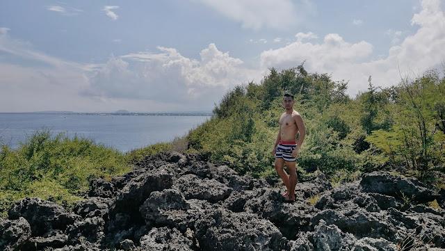 Mark Monta in Pescador Island