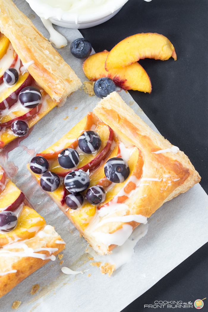 Puffed Pastry Tart with peaches and blueberries