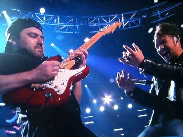 American Idol Guitar Player Tony Pulizzi rips a solo for James Durbin (picture)