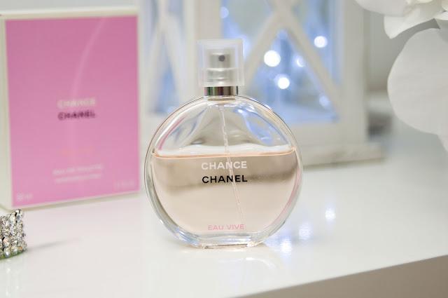 Chanel Eau Vive butelka plus kartonik