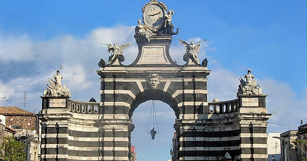 Travel with Me: A`Piscaria-Catania | Over Two Centuries of ...