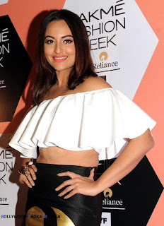 Sonakshi Sinha in small crop top and black skirt at Lakme Fashion Week Summer Resort 2016