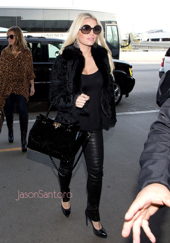 Jessica Simpson Business Meetings In Black Lace And
