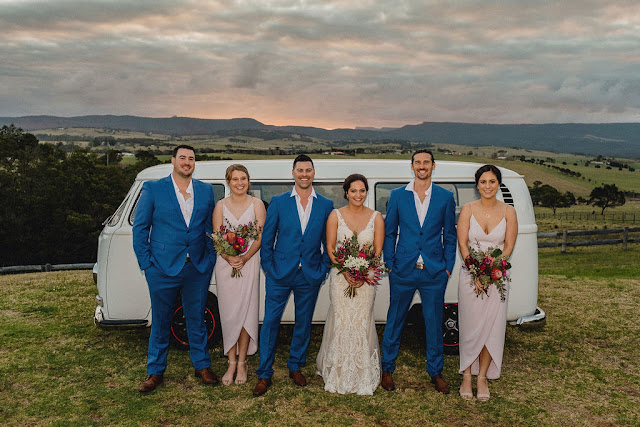 MOLLYMOOK BEACH REAL WEDDING FEATURE AUSTRALIAN DESIGNER CLOUDFACE PHOTOGRAPHY
