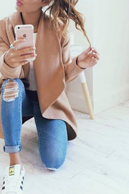 Long sleeved woman coat