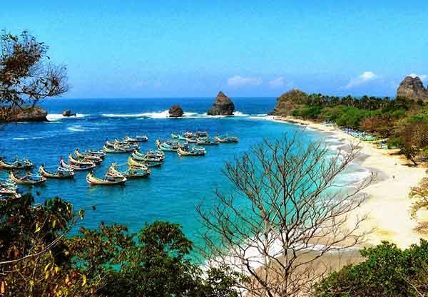 Foto Pantai Papuma