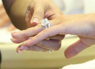 Biasanya Laki-Laki Menunda Pernikahan Dengan 9 Alasan Klasik Ini
