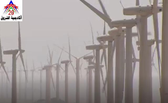 قيام قسم القوي والالات الكهربائية بهندسة الشروق بزيارات ميدانية لمحطة الرياح بالزعفرانة وشركة شمال القاهرة لتوزيع الكهرباء