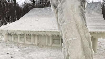 casă înghețată
