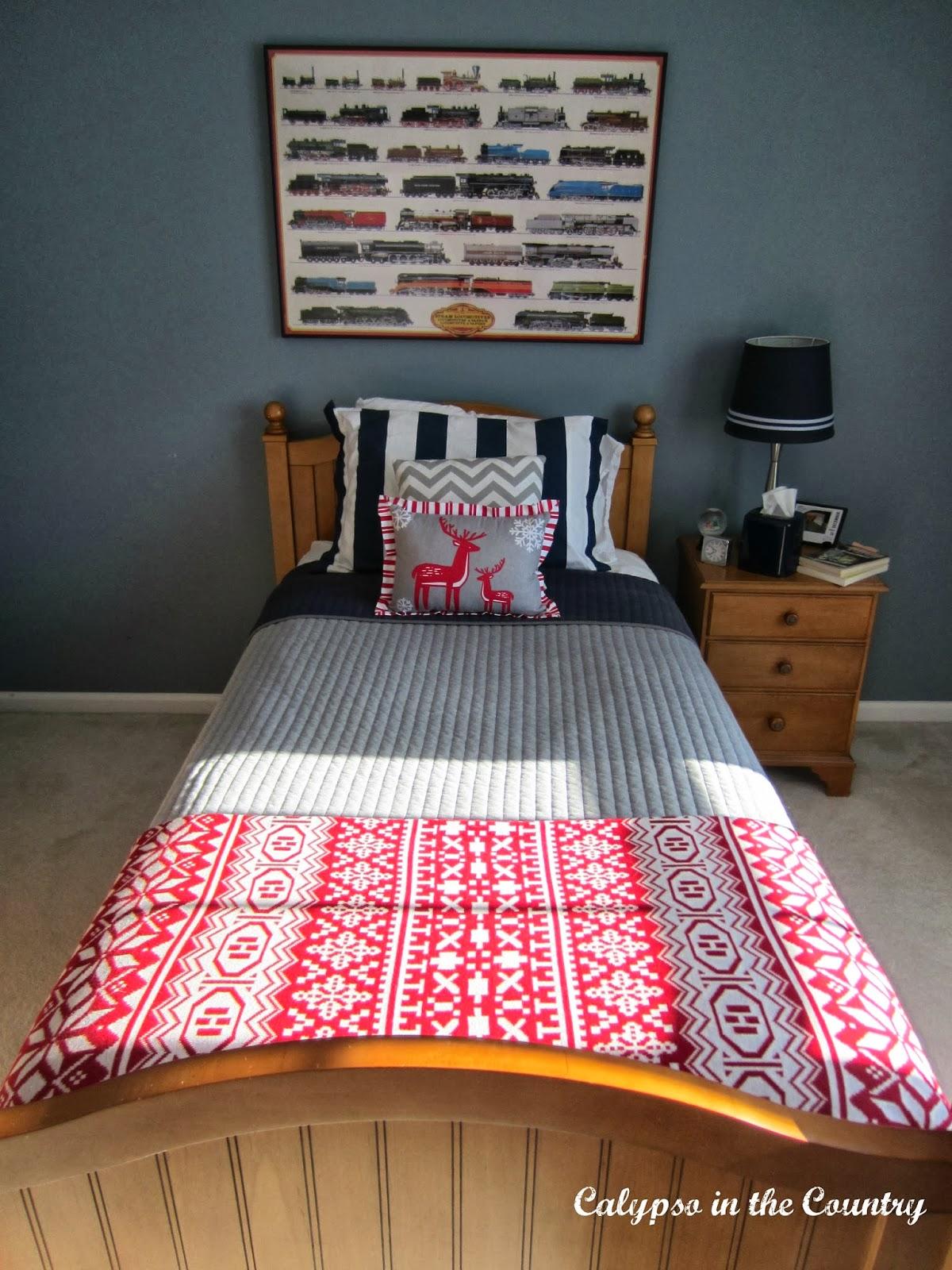 Christmas bedroom for boys