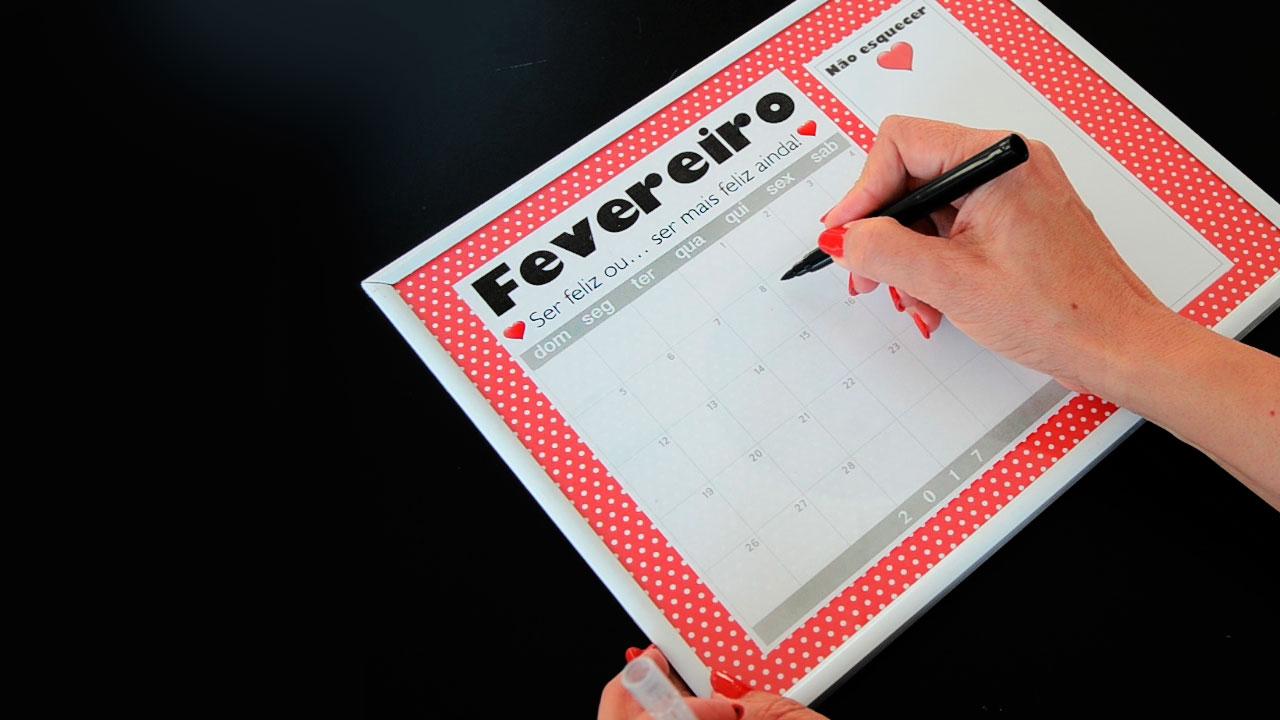 Calendario Com Anotacoes Mesa Pronta