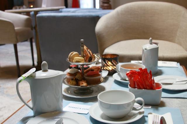 Tea for Two at Audrey's Café (Lisbon)
