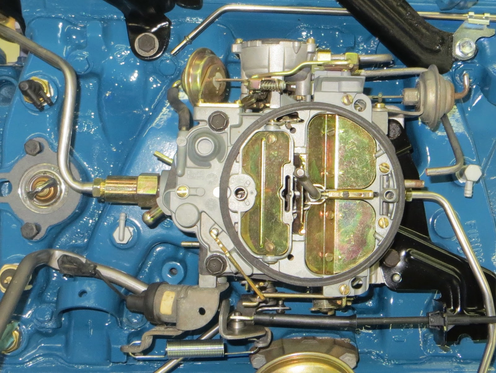 small resolution of 17058553 quadrajet 4 barrel carburetor with no vacuum lines connected