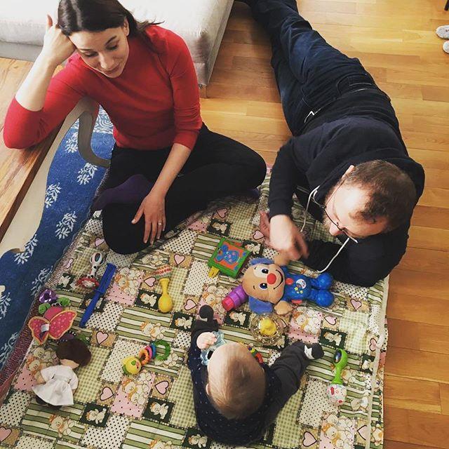 Alayça Öztürk și Sercan Gidişoğlu alături de copilul lor
