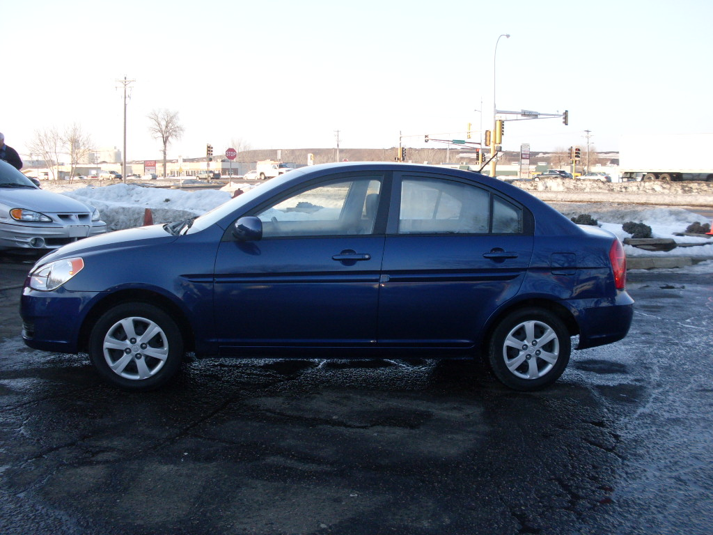 James 2010 Hyundai Accent