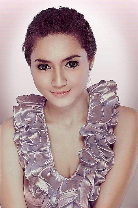 Image Result For Josie Putri Super Model Hot Indonesia